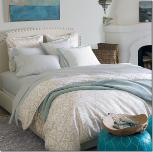 coastal chic bedroom design neutral blue_thumb[1]